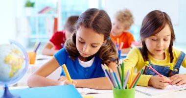 8 نصائح من الطب النفسي تساعد طفلك فى عمل الواجب المدرسى