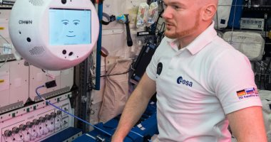عودة الروبوت CIMON إلى الأرض بعد إجراء الاختبارات بمحطة الفضاء الدولية