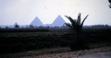 القاهرة فى سبعينيات القرن الماضى بعيون سائح بريطانى.. صور