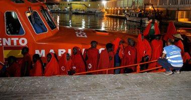 """إيطاليا تسمح للسفينة الإنسانية """"أوشن فايكينج"""" بإنزال 176 مهاجرا"""