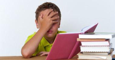 فيديو معلوماتى.. أسباب زيادة صداع طفلك فى بداية العام الدراسى وطرق العلاج