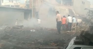 شاهد.. استمرار البحث عن ناجين بعد انفجار مصنع للألعاب النارية فى الهند