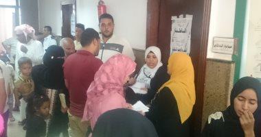 صور.. قافلة جامعة المنصورة المُتكاملة تقدم خدماتها لأهالى سيناء