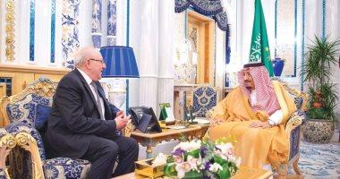 العاهل السعودى يستقبل سفير مصر لوداعه بعد انتهاء فترة عمله بالمملكة