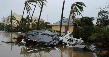 صور.. إعصار دوريان يخلف دمارا بعدد من المدن الأمريكية