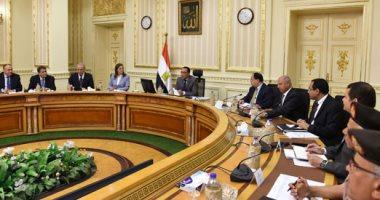 رئيس الوزراء يستعرض الموقف التنفيذى للانتقال إلى العاصمة الإدارية الجديدة