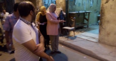 إزالة أجزاء خطرة من عقار قديم ووقف بناء مخالف فى مقهى بالإسكندرية