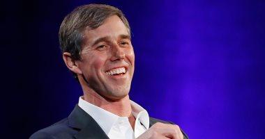 مرشح للرئاسة الأمريكية يطالب فيس بوك وجوجل بإزالة المعلومات الخاطئة