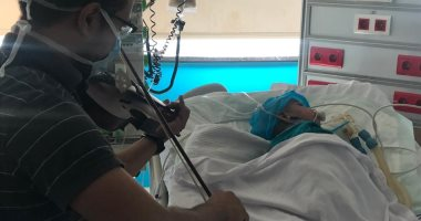 """العلاج بالموسيقى ينجح فى مستشفى 57357.. نغمات """"الكمنجه"""" تعدل نبضات الطفل سيد من 73 لـ 120 ( تحديث)"""