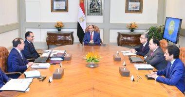 السيسى يبحث استراتيجية وزارة البترول ويوجه بالتوسع فى خطط البحث والاستكشاف