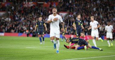 """إنجلترا ضد كوسوفو.. الأسود الثلاثة يتقدمون 5-1 في الشوط الأول """"فيديو"""""""
