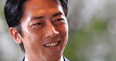"""صحيفة: تعيين """"النجم السياسى"""" كويزومى وزيرا يثير التكهنات بشأن خليفة شيزو آبى"""