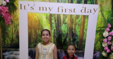 أول يوم مدرسة.. إلين تبدأ رحلتها مع التعليم من فصول KG2