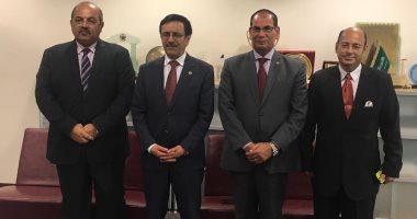 اللجنة الأولمبية توقع بروتوكول تعاون مع جامعة الدول العربية بشأن التحكيم الرياضي