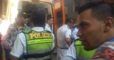 6 سيارات إسعاف لنقل المتوفين والمصابين للمستشفيات بحادث محور صفط اللبن..صور
