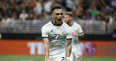 هاتريك مارتينيز يقود الأرجنتين للفوز 4/0 ضد المكسيك بدون ميسي..فيديو