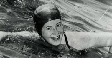 زى النهاردة.. عبور فلورانس تشادويك بحر المانش لتصبح أول سيدة تحقق هذا الإنجاز