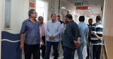 مدير صحة القليوبية يتفقد مستشفى شبين القناطر لمتابعة الأداء بعد منتصف الليل