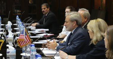 الكهرباء تبحث مع نائب وزير الطاقة الأمريكى سبل التعاون بين البلدين