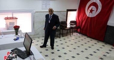 فيديو.. إغلاق صناديق الاقتراع بالانتخابات الرئاسية التونسية بمقر السفارة فى مصر