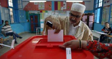 تونس تنتخب..7ملايين تونسى ينتخبون رئيسا جديدا للبلاد.. 70 ألف عنصر أمن ينتشرون بالشوارع.. والجالية بالخارج تنتهى من التصويت اليوم.. العليا للانتخابات: نتائج الجولة الأولى الثلاثاء المقبل..والثانية قبل 13 أكتوبر