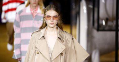أسبوع الموضة فى لندن وتشكيلة متنوعة من الأزياء النسائية