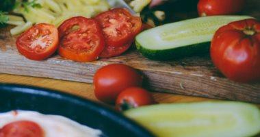 للسيدات المصابات بالسكر.. النظام الغذائى الصحى يمنع الإصابة بالنوبة القلبية