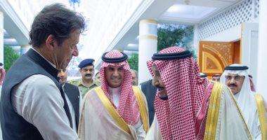 خادم الحرمين الشريفين يستقبل رئيس وزراء باكستان عمران خان