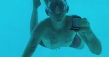 """""""فيديو"""" .. غرق شاب بعد طلب الزواج من حبيبته تحت الماء.. يا فرحة ما تمت"""