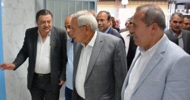 جولة تفقدية لمحافظ الدقهلية لمركز طب الأسرة بميت أبو الحسين.. صور