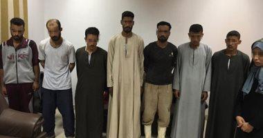 حبس 8 أشخاص بينهم سيدة لمحاولتهم إختطاف طفل فى سوهاج