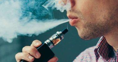 هيئات صينية تدعو لفرض حظر على التدخين الإلكترونى بالأماكن العامة