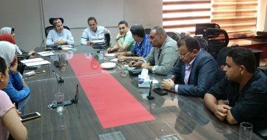 عبد الحق و سعد يجتمعان مع جهاز منتخب الكرة النسائية