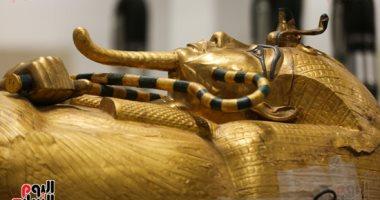 ما الذى تم إنجازه فى أعمال ترميم تابوت الملك توت عنخ آمون بالمتحف الكبير؟