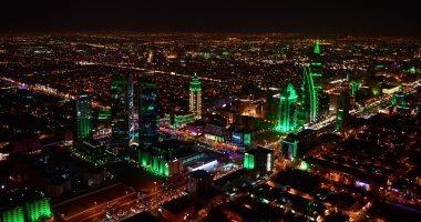 السعودية تتزين باللون الأخضر والألعاب النارية فى احتفالات اليوم الوطنى