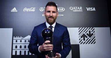 Messi يقود هجوم برشلونة ضد فياريال فى أول ظهور بعد جائزة The Best