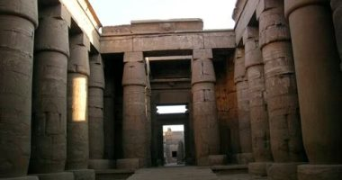 سياحة الأقصر تطالب الآثار بمد فتح المعابد والمواقع الأثرية لـ 6 مساء