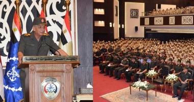 وزير الدفاع يلتقى طلبة وأعضاء هيئة التدريس بالمعهد الفنى للقوات المسلحة