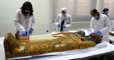 موقع عالمى يلقى الضوء على ترميم مومياء سنجم وزوجته فى متحف الحضارة