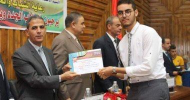 رئيس جامعة كفر الشيخ خلال حفل الطلاب الجدد: تجنبوا الشائعات المغرضة الهدامة