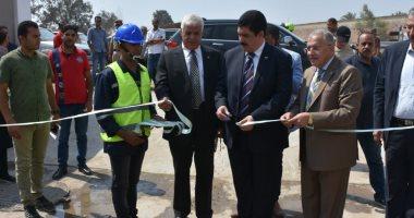 محافظ القليوبية ورئيس شركة المياه يفتتحان محطة مياه الشروق المرشحة بالخانكة