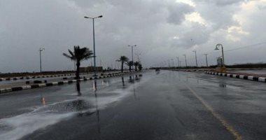 هطول أمطار على مركز رحيّب بمنطقة تبوك بالسعودية