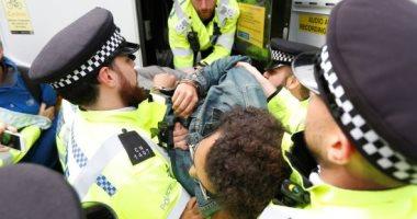 شرطة لندن تعتقل 135 من المحتجين على تغير المناخ