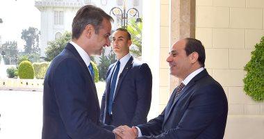 الرئيس السيسى يتلقى اتصالاً هاتفياً من رئيس الوزراء اليونانى