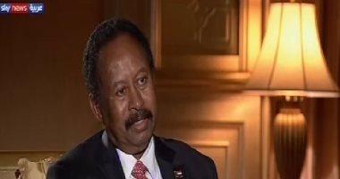 """رئيس وزراء السودان لـ""""سكاي نيوز"""": محاكمة البشير جزء من تحقيق العدالة"""