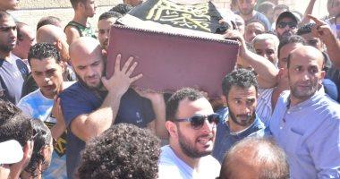 """أحمد حلمى ناعيا طلعت زكريا: """"أطيب قلب وأخف دم وأجدع بنى آدم"""""""
