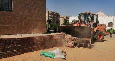 جهاز مدينة العاشر من رمضان يشُن عدة حملات لإزالة التعديات وضبط المخالفات بالمدينة