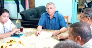 رئيس مدينة إدفو يناقش مقترحات الخطة الاستثمارية المقبلة