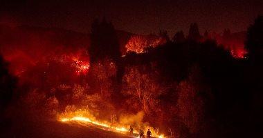 صور.. انتشار سريع لحرائق الغابات بسان فرانسيسكو والسلطات تجلى المئات