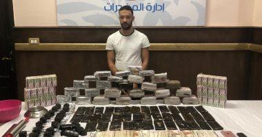 سقوط هارب من المؤبد وبحوزته 27 كيلو حشيش و6 آلاف قرص مخدر بمدينة نصر